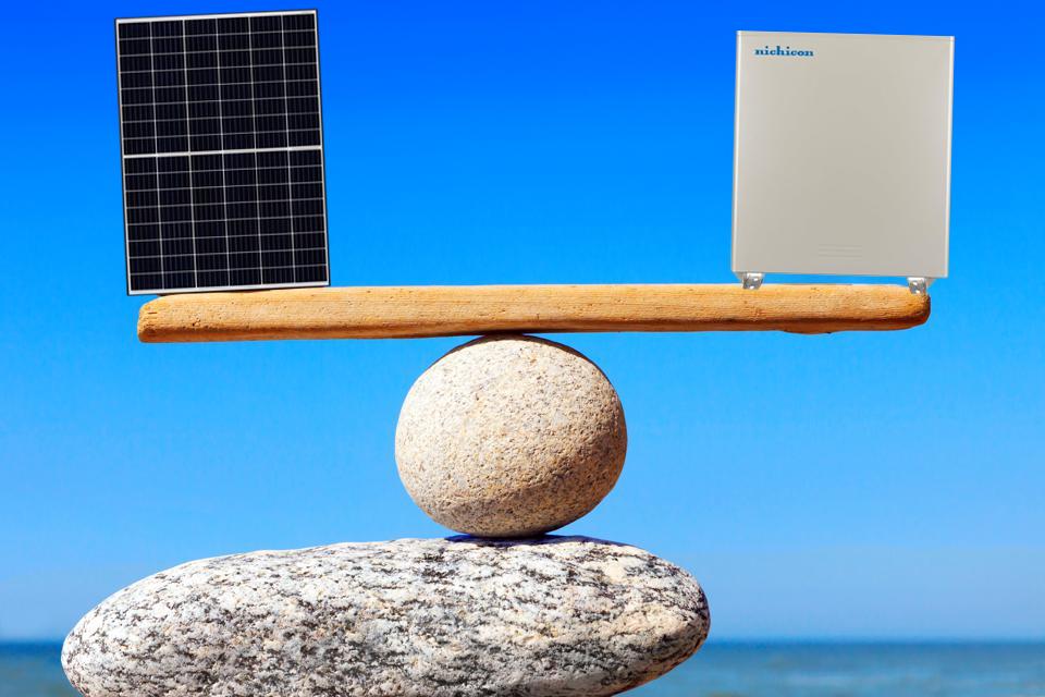 3.2.1.太陽光と蓄電池のバランス.png