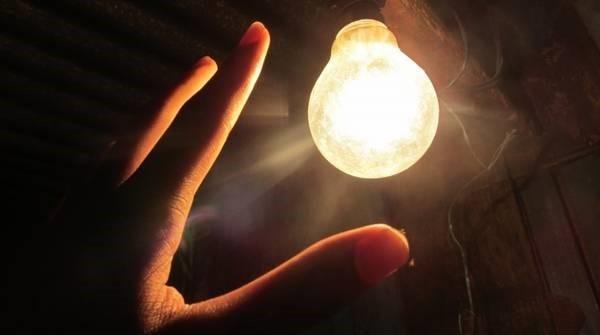2.1.4.停電しても電気が使えるイメージ.jpg